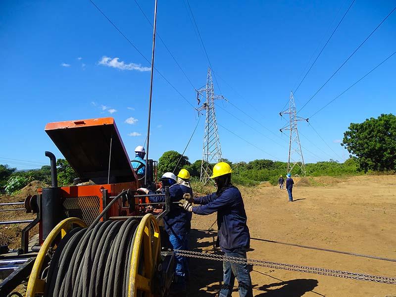 Mantenimiento a Líneas de Transmisión Eléctrica