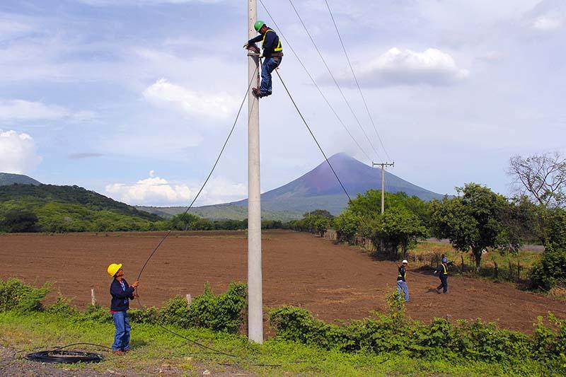 Construcción de Redes de Fibra óptica OPGW, ADSS
