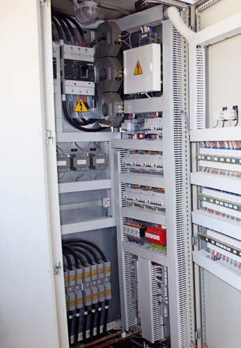Mecanización Eléctrica de Armarios para Protección y Control